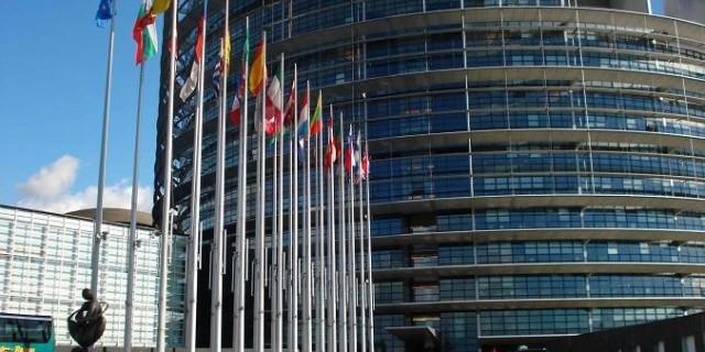 edificio-parlamento-europeo-estrasburgo-alsacia-francia